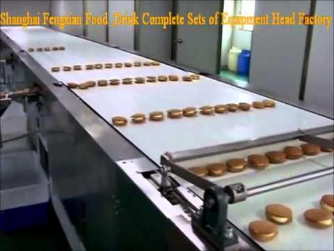 round sandwich cake line