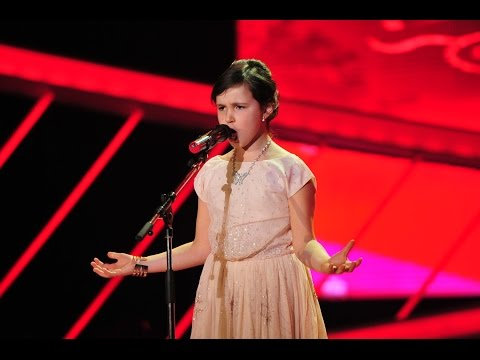 La nouă ani, Ana Vânătoru cântă operă precum marile soprane