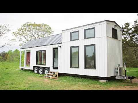 Beautiful Modern A Family Size Farmhouse on Wheels | Lovely Tiny House