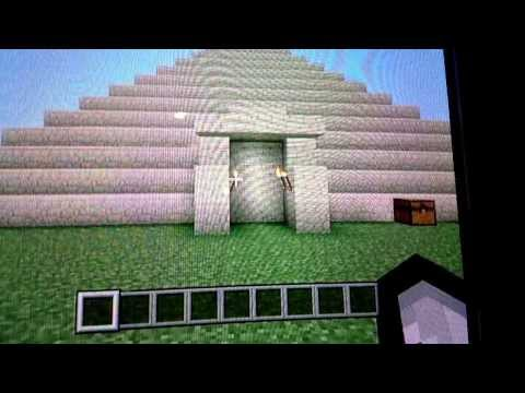Minecraft:How to make a pyramid with traps