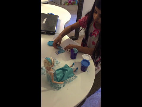 How to make Elsa's dress out of playdoh