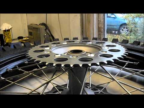 Motocross bike tutorial: Sprocket and chain replacement