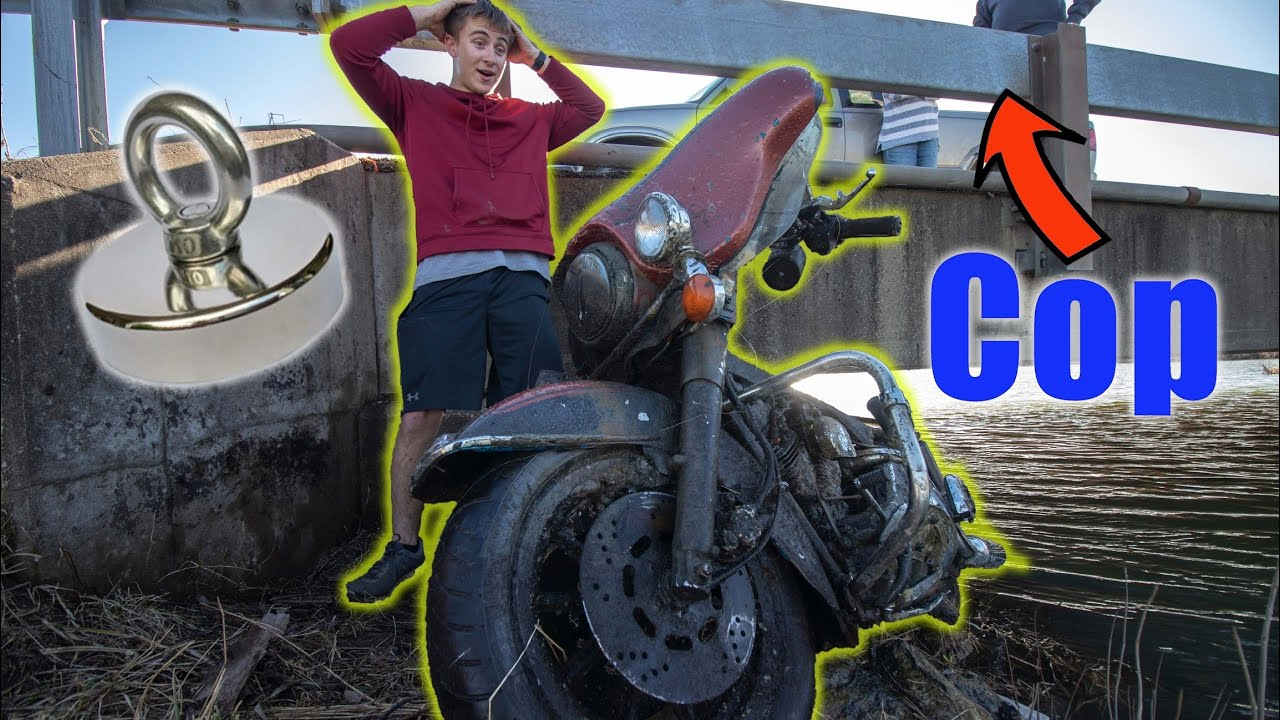 We Found A Stolen Motorcycle While Magnet Fishing (Cops Called)