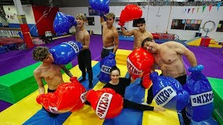 SUPER FUNNY FAMILY BOXING MATCH!