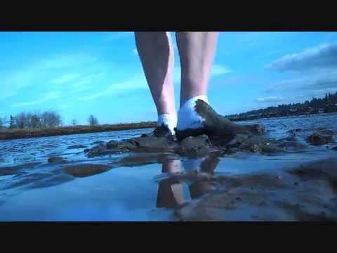 fd3e29c52924cb WALKING IN THE MUD IN MY WHITE ANKLE SOCKS