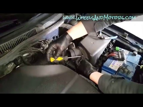 How to replace MAF - mass air flow sensor VW Golf Mk4