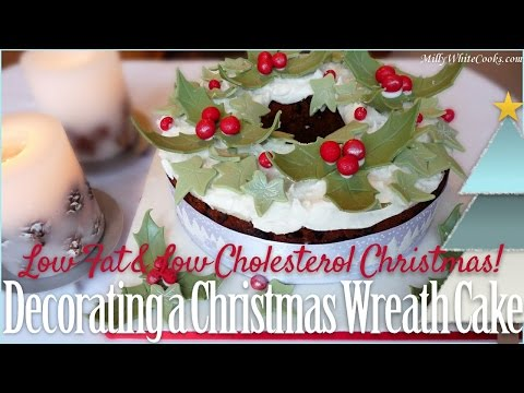 Christmas Wreath Cake Decorating Step-by-Step With Royal Icing Recipe & Easy Fondant Decorations