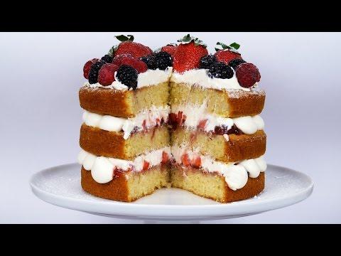 Light & Fluffy Victoria Sandwich (Sponge Cake) - Strawberries & Cream - ASMR - Treat Factory