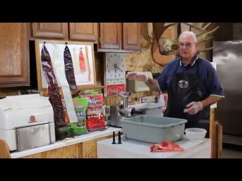 How to... Grinding / Processing Meat to Make Your Own Sausage