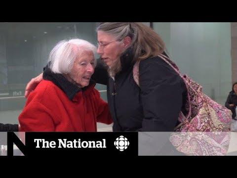 Airline blamed for losing elderly mother