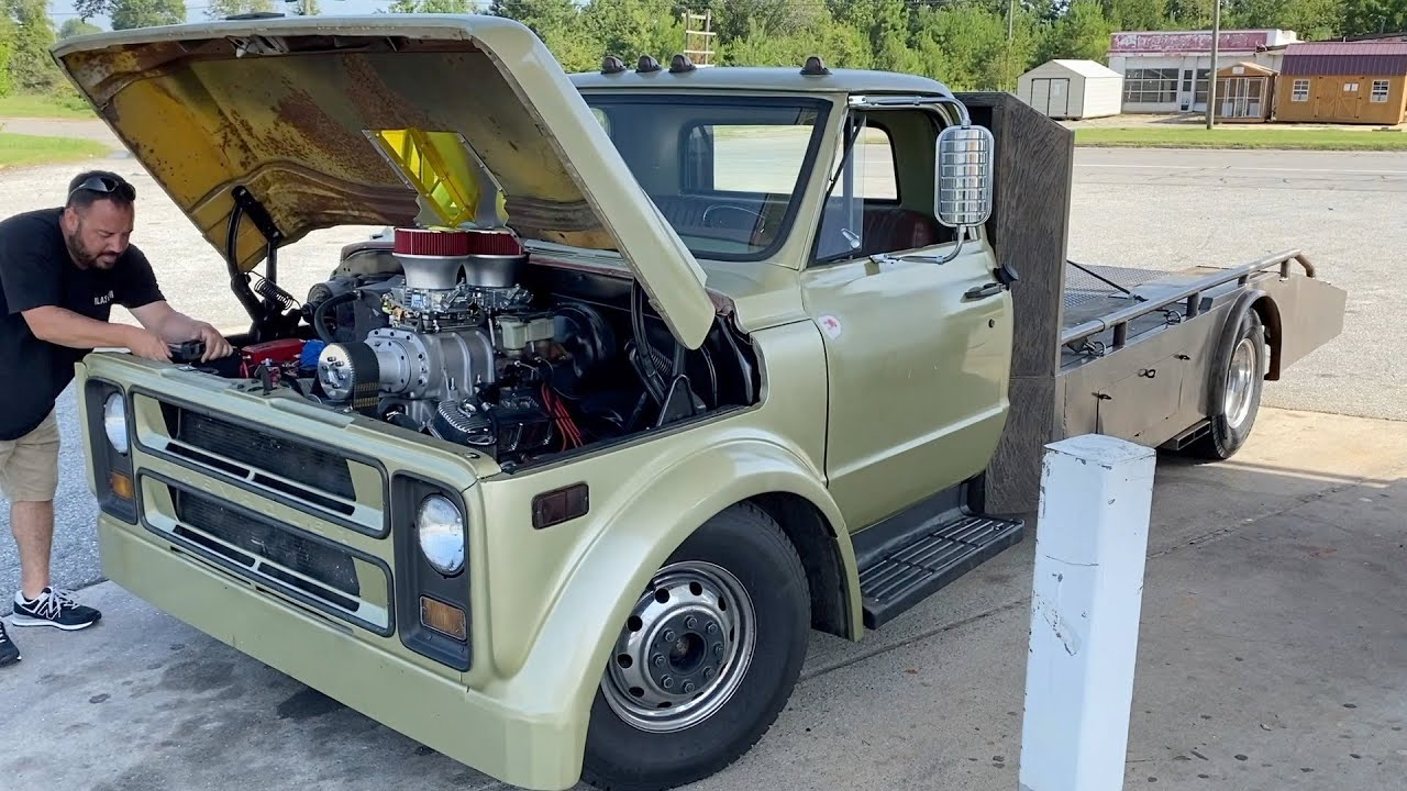 A Blown Ramp Truck Road Trip to Get a 350 SBC-Swapped Mini Truck! Finnegan's Garage Ep.115