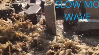 Slow Mo wave