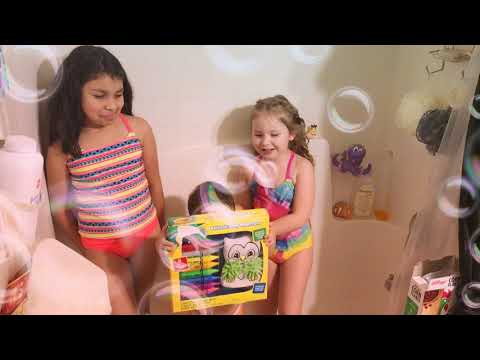 Bath with milk 🥛😱? Cereal bath challenge/ learning colors with crayons😍and making crown 👑.