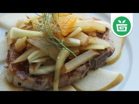 PALEO || Pork Chops with Fennel and Asian Pears