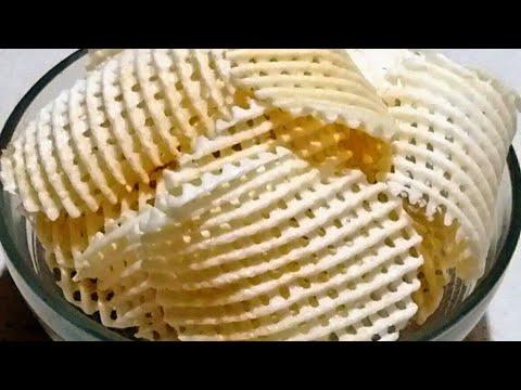 आलू की जाली वाली वेफसॅ  aloo wafer recipe