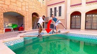 مين يقدر يتزحلق بالزلاجة على المسبح بدون ما يطيح