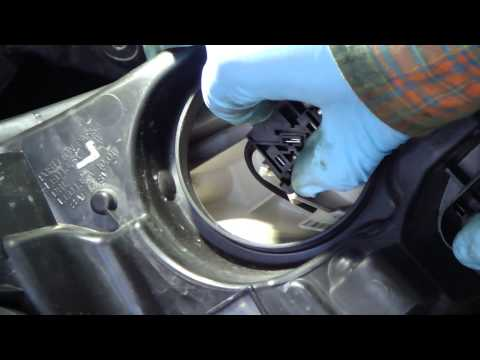 How to change headlight bulbs Ford Focus.Years 2001-2014