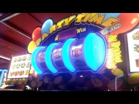 Party time fruit machine jackpot + feature retrigger paignton arcade 2017