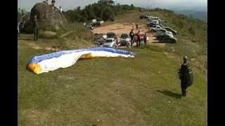 Pico Do Urubu, Um Salto Perfeito De Parapente.