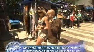 Tudo é Possível [2012-07-04] Elenco do Tudo É Possível faz matéria especial na rua 25 de Março