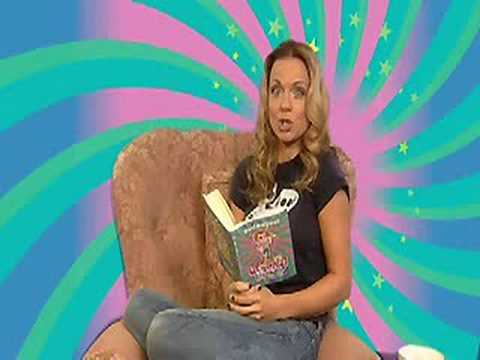 Geri Halliwell reads from Ugenia Lavender 2