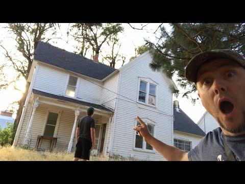 LIVE!! 120 year old abandoned house explore!!!