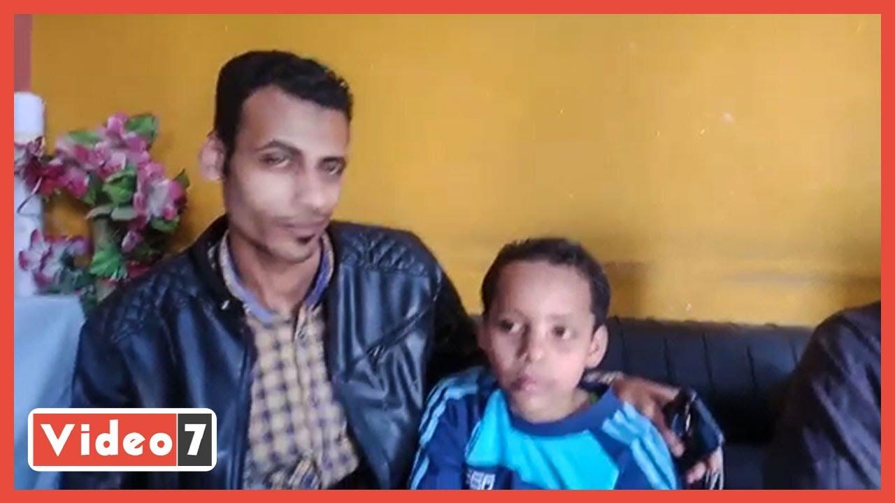 تفاصيل عودة الطفل كريم لأحضان أسرته بعد غياب 4 سنوات بالمنيا
