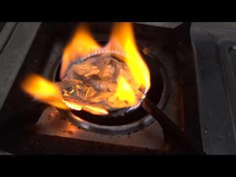 What happens when you put aluminium foil+water+salt on a gas stove.