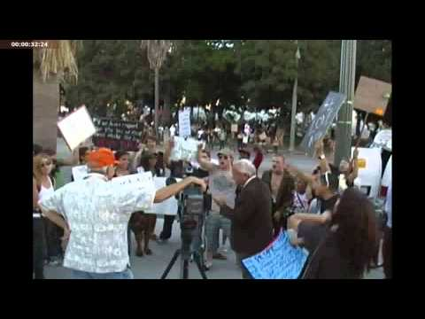 Occupy Los Angeles Protesters Surround Fox News Reporter