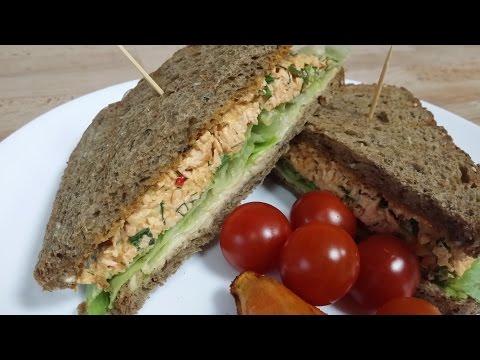 Spicy salmon salad sandwich_سندويش سلطة السالمون