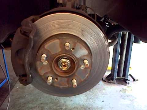 this is how you know you need to change your brakes