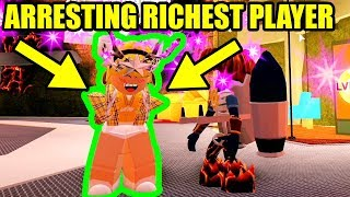 I ARRESTED the RICHEST JAILBREAK PLAYER... (Roblox)