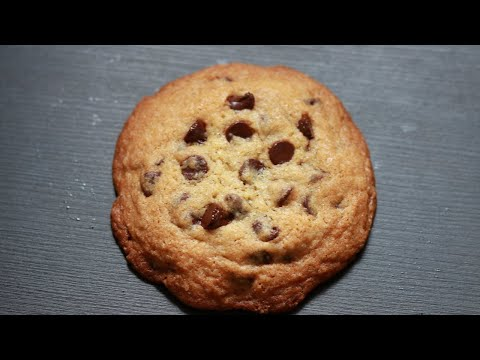 chocolate chip cookies-crispy outside & chewy inside/perfect recipe -- Cooking A Dream