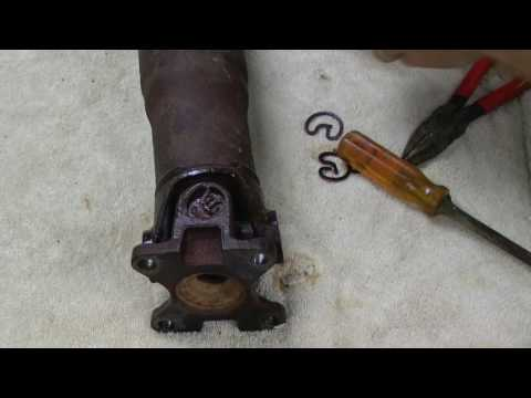 2001 Ford F150 - Universal Joint (U-Joint) Replacement