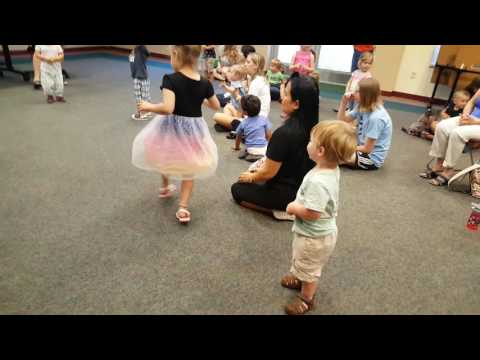 Story/Dance time at Library