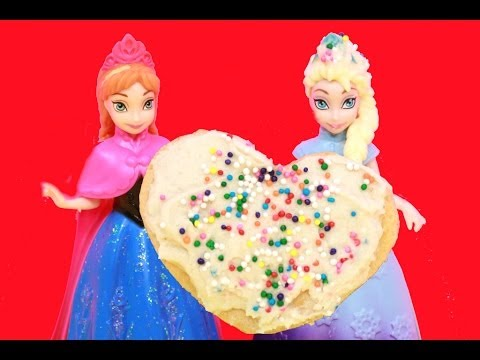 Disney Frozen Elsa Makes A Valentine Heart For ANNA