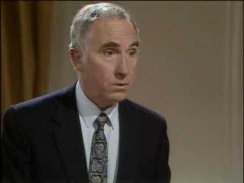Who reads the papers? - Yes, Prime Minister - BBC comedy