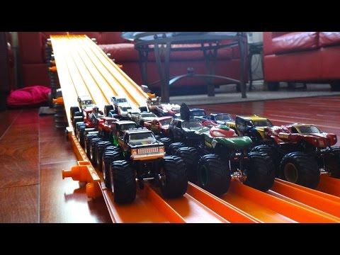 Hot Wheels Monster Jam Races - Downhill Racing