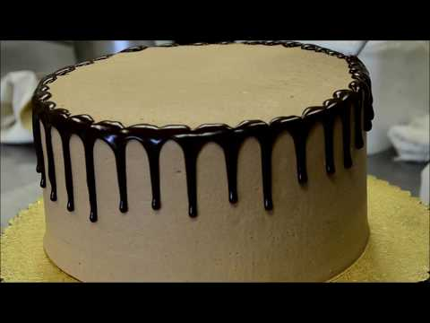 How To Make a Simple Chocolate Birthday Cake