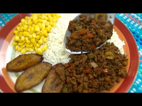 Spanish Style Ground Beef (Picadillo) - Ohhlala Café  ♥