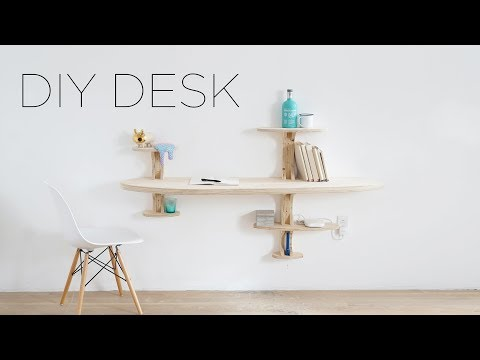 DIY Plywood Desk | That looks like a spaceship