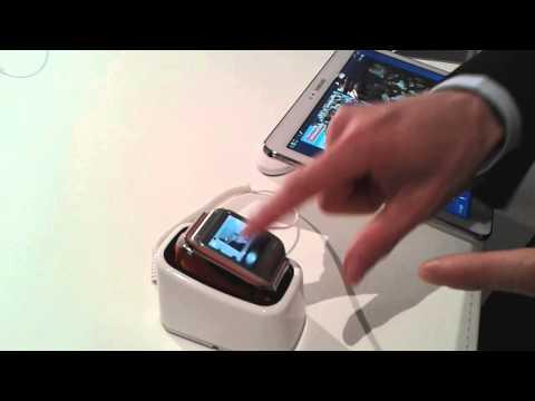 First looks: Samsung Galaxy Gear