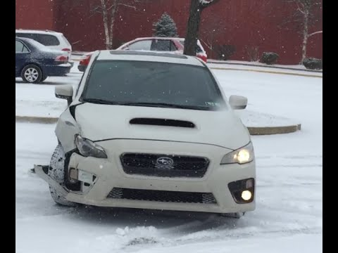 2015 subaru WRX crash trying to snow drift