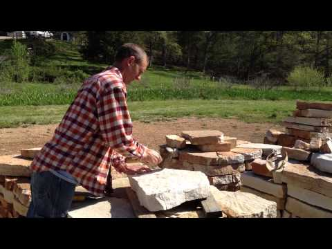 How to Break Stone for Stacked Walls or Patios