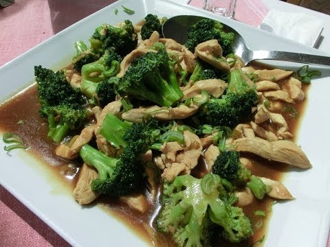 Ginger Chicken with Broccoli and Rice