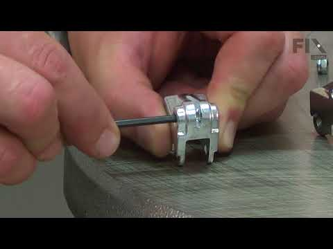 DeWallt Scroll Saw Repair - How to Replace the Blade Chuck