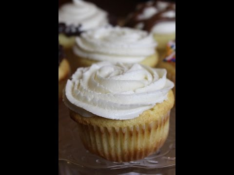 Homemade Vanilla Cupcakes (from scratch)