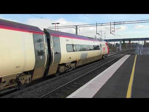 Virgin Trains Class 390 Departing Birmingham International (17/1/18)