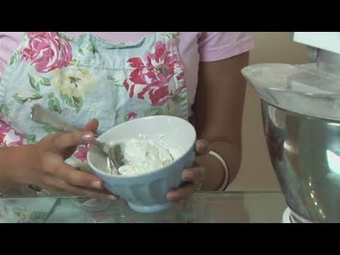 How To Prepare White Buttercream