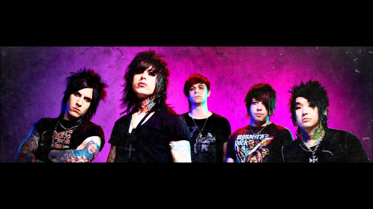 Falling in Reverse - The Drug in Me is You (Official iTunes Version)(Official s)